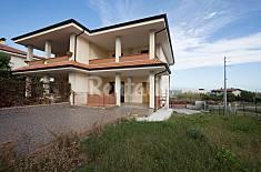 Villa mit 2 Zimmern, 1000 Meter bis zum Strand Catanzaro