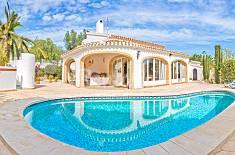 Villa en alquiler a 7 km de la playa Alicante