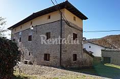 Casa per 13 persone a Ustes Navarra