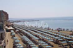Appartamento per 4-5 persone in prima linea di spiaggia Roma