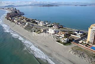 Villa de 4 habitaciones en 1a línea de playa Murcia