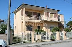 Villa en alquiler a 1000 m de la playa Ferrara