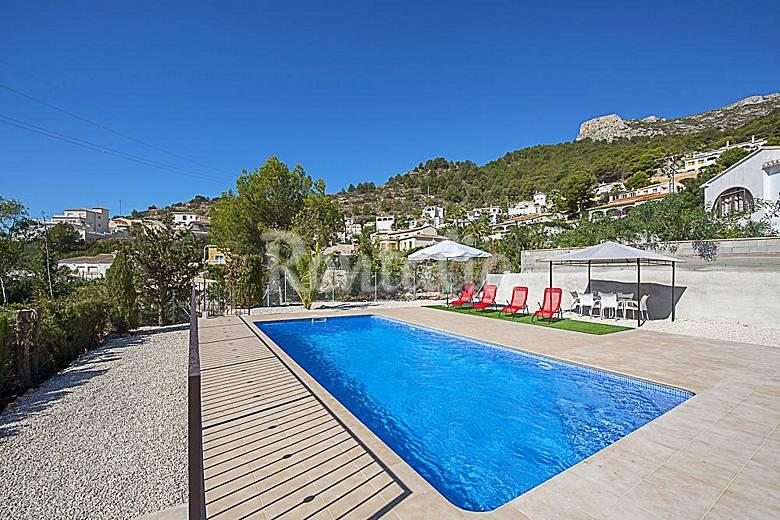 Villa puerto roca costa calpe calpe calp alicante for Piscinas calpe
