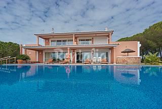 Villa for 8 people on the beach front line Algarve-Faro