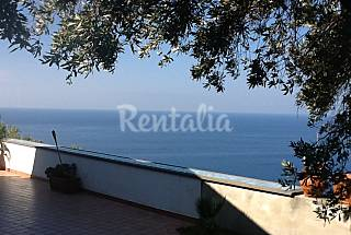 Villa for 4-7 people only 500 meters from the beach Naples