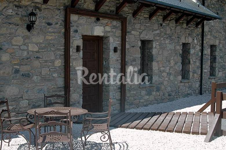 House Outdoors Huesca Benasque Cottage