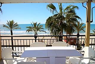 Apartamento para 6 pessoas em frente à praia Tarragona