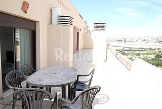 Atico 2 habitaciones 6 personas Almería