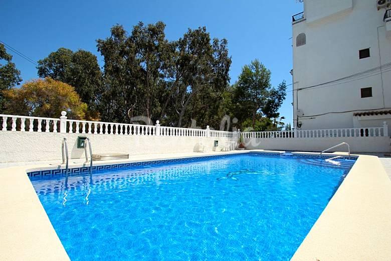 Apartamento acogedor cerca de la playa orihuela for Piscina alicante