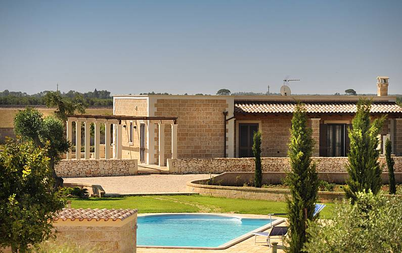 Villa for 2-13 people 15 km from the beach Lecce - Outdoors