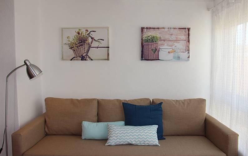 2 Apartamentos para alugar a 30 m da praia Algarve-Faro - Sala