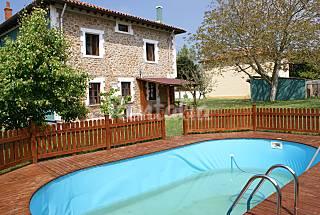 Villa para 8 personas a 1 Km de la costa Cantabria