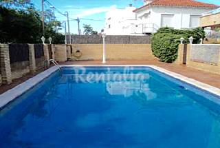 House for 8 people only 50 meters from the beach Barcelona