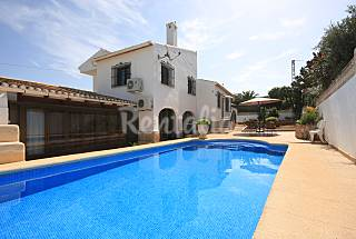 Villa for 4-5 people 3 km from the beach Alicante