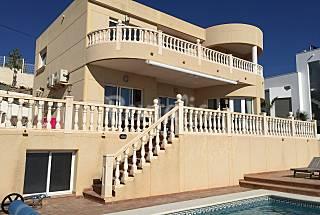 Villa en location à 200 m de la plage Alicante