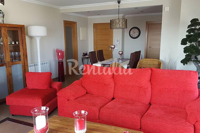 Apartamento para 8 pessoas a 200 m da praia sanxenxo for Sala queen pontevedra