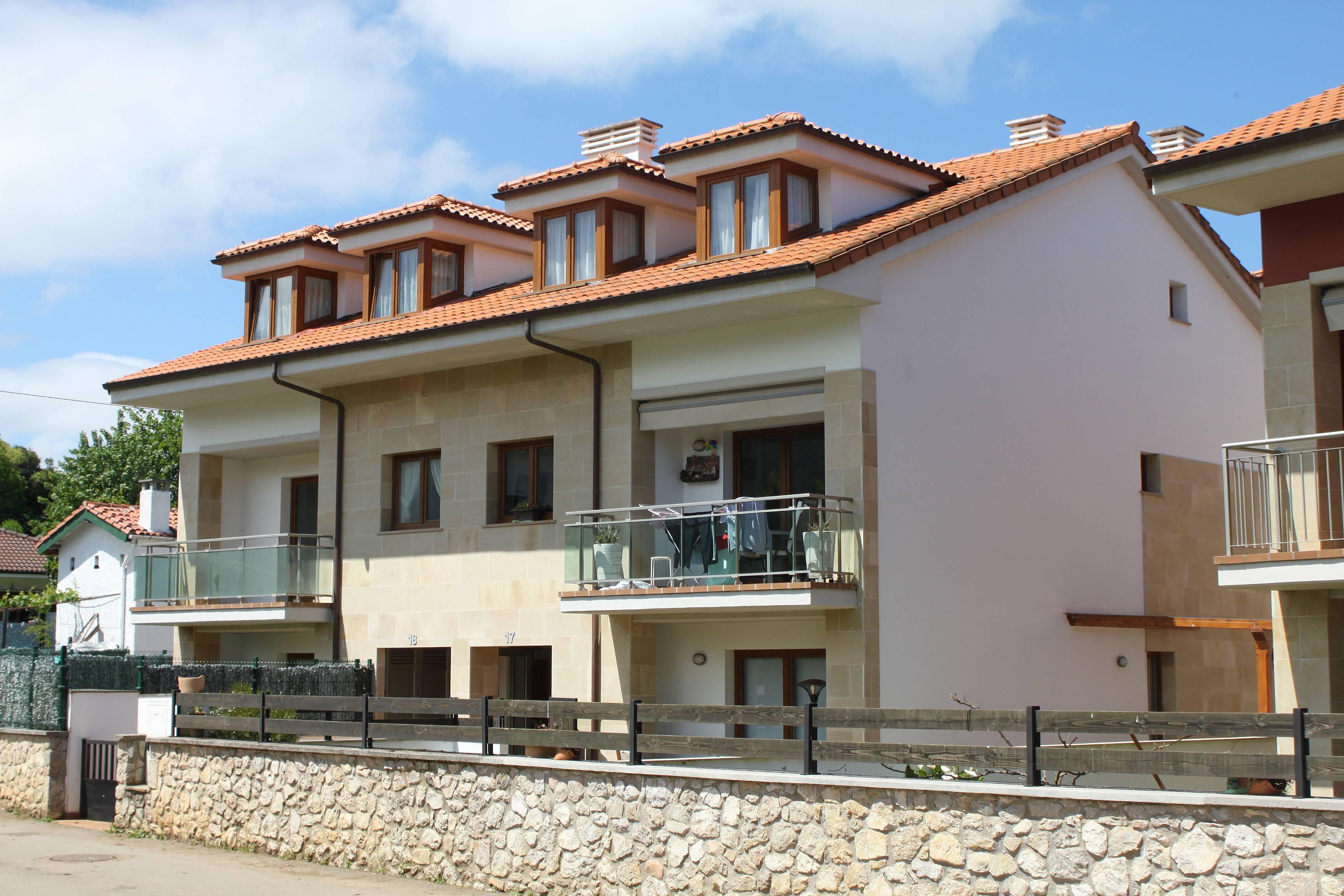 Alquiler vacaciones apartamentos y casas rurales en bricia llanes - Apartamentos rurales llanes ...