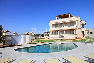 Blue Sky and Sea Apartment and Pool Lecce