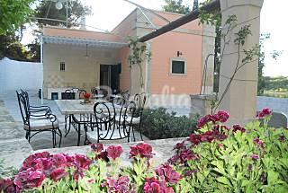 Villa with 4 bedrooms only 50 meters from the beach Lecce