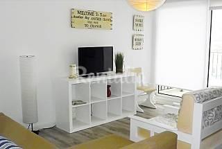 Apartamento com 2 quartos a 50 m da praia Lisboa
