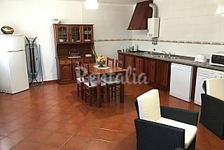 Casa para 14-15 personas a 1000 m de la playa Setúbal