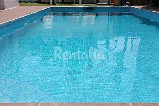 Andando a la playa de talamanca, piscina privada Ibiza/Eivissa