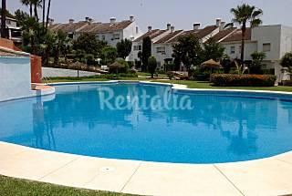Precioso adosado con jardín privado y vistas Málaga