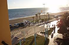 3 habitaciones en 1a línea junto al mar con WIFI Málaga