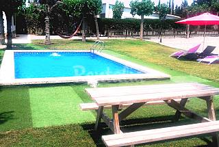 Chalet con piscina 12 pers cerca de Port Aventura Tarragona
