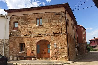 Casa para 14 personas en Llano de Bureba Burgos
