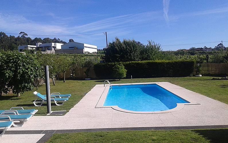 Villa pour 4 6 personnes avec piscine vila cova for Alentour piscine