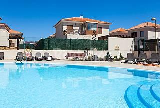 Villa Duplex, jardín privado, WiFi Gratis, Plasmas Fuerteventura
