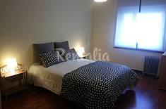 Apartamento de 2 habitaciones a 1200 m de la playa Oporto