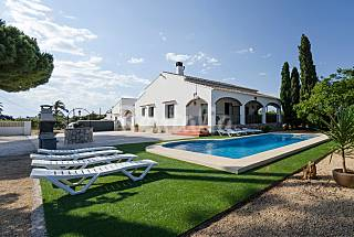 Villa with 6 bedrooms only 400 meters from the beach Alicante