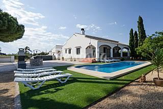 Villa de 6 habitaciones a 400 m de la playa Alicante