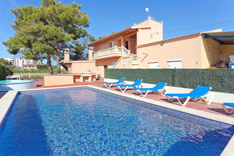 Casa para hasta 12 pers con piscina en s 39 arenal s - Piscinas en palma de mallorca ...