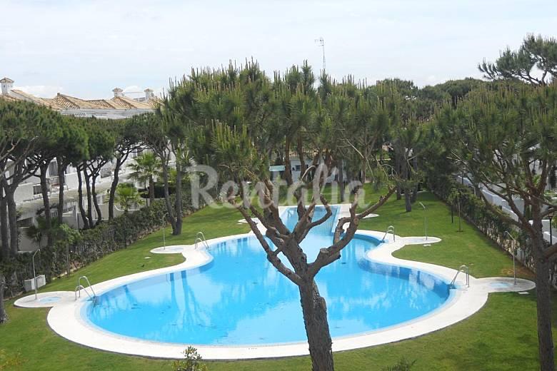 Costa sancti petri a 250 metros del mar apartament for Piscina 50 metros cadiz