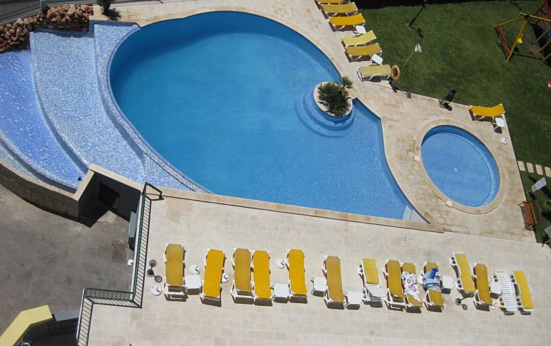 Apartment for rent only 50 meters from the beach Algarve-Faro - Swimming pool