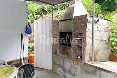 Preciosa casa jardin y barbacoa luarca vald s for Casa jardin asturias