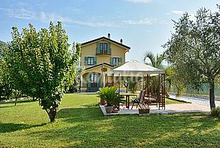 Single villa with large private garden. Lucca