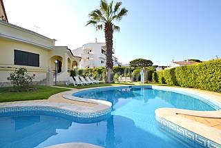 Unique villa Vilamoura Marina WIFI + Private pool Algarve-Faro