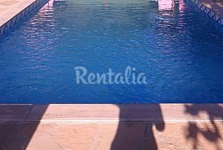 Vacanze rurali in tenuta catalana con piscina Lleida