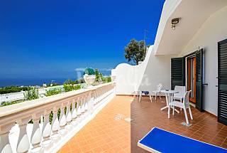 Villa en alquiler a 3 km de la playa Nápoles