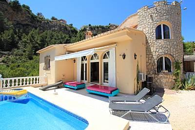 Villa en la playa con piscina privada, bbq y chill Alicante