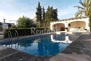 Villa en alquiler a 3.5 km de la playa Alicante