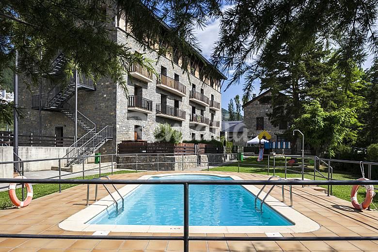 Apartamentos villan a huesca alquiler apartamentos tur sticos - Alquiler apartamentos turisticos ...