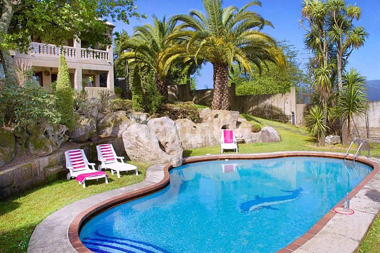 Casa con tenis y piscina privada a 3km de la playa - Casas rurales para dos personas con piscina privada ...