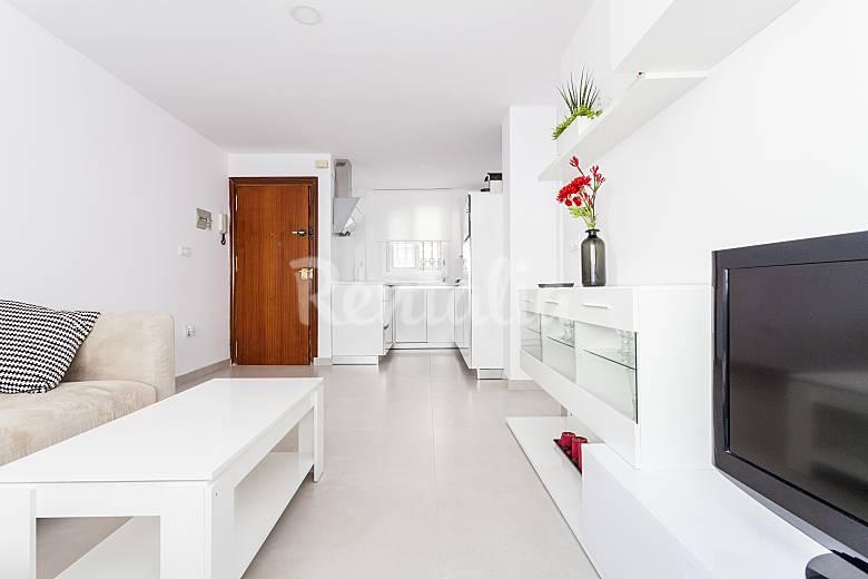 Apartamento de 4 habitaciones en sevilla sevilla for Habitaciones cuadruples en sevilla