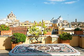 Unique penthouse with beautiful Terrace! Rome