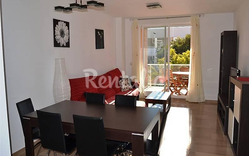 Apartamento en alquiler en comunidad valenciana arenal for Gimnasio javea